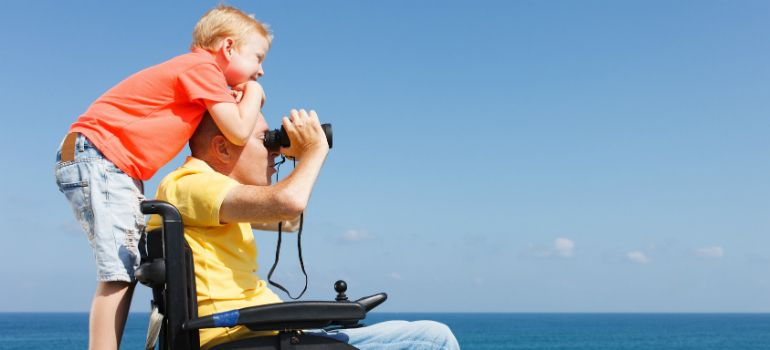 Consejos-para-padres-en-silla-de-ruedas-main.jpg