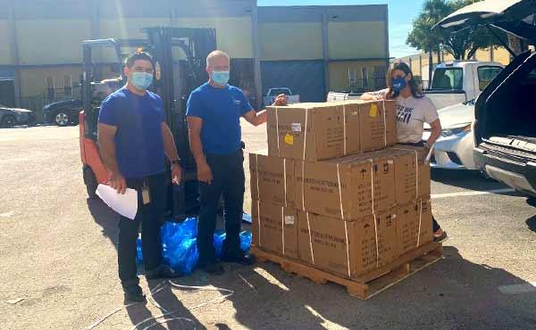 United Way de Miami-Dade Recibe Donación de 1,000 Termómetros para la Comunidad Local