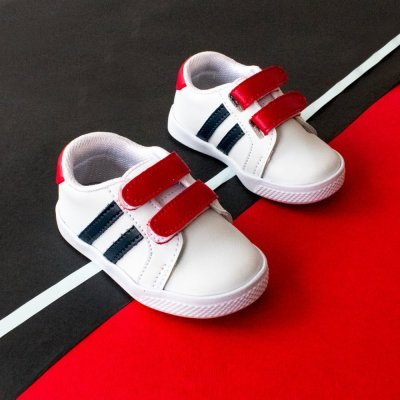 Tenis Color Velcro