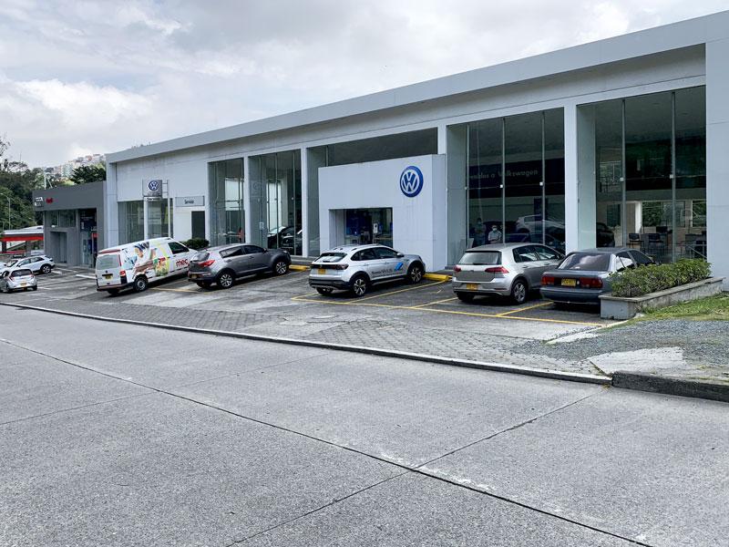 Vitrina Volkswagen Manizales - Los Coches