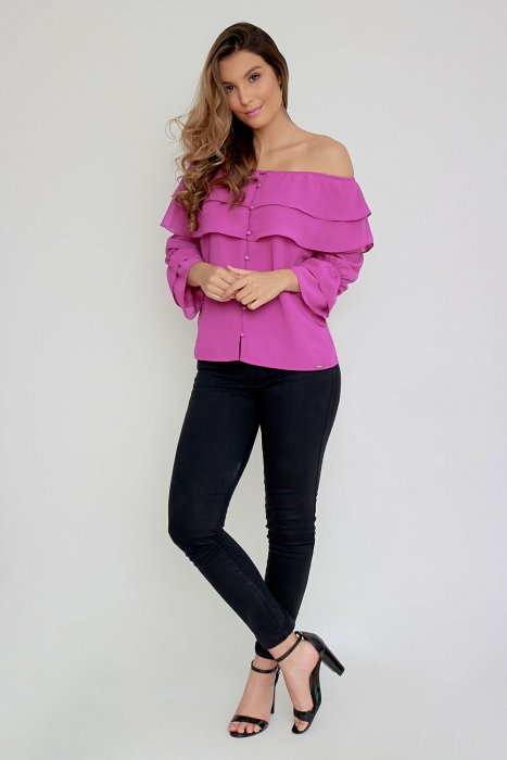 Blusa Off Shoulders con botonadura forrada en frente